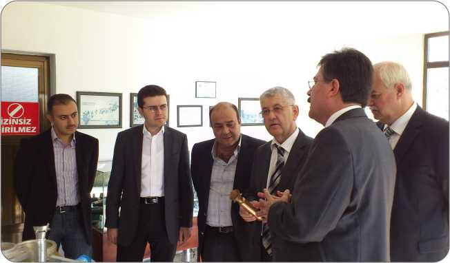 http://mf.fatihsultan.edu.tr/resimler/upload/Kartepe-Fabrika-Gezi-5-141112.jpg
