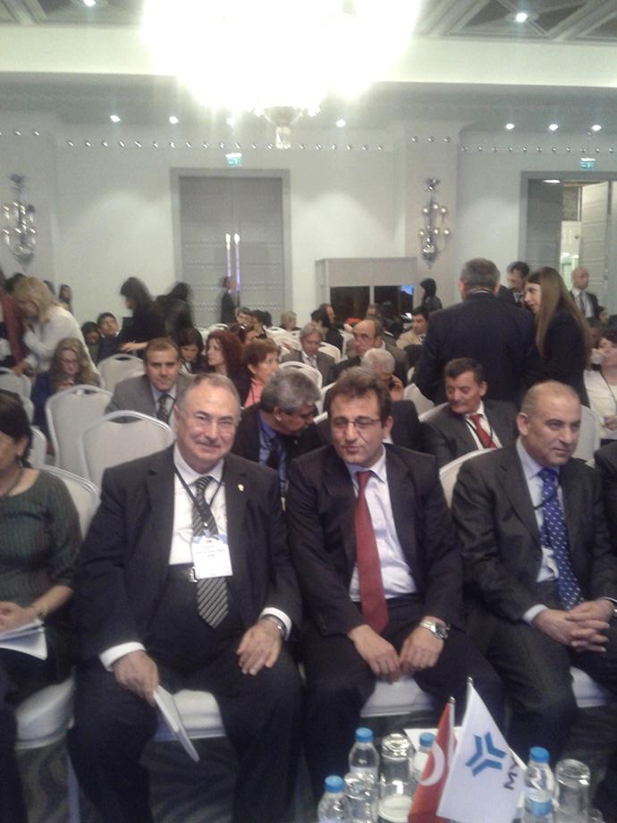 http://mf.fatihsultan.edu.tr/resimler/upload/Prof-Umit-Dogay-Arinc-Turkiye-Yeterlilikler-Cercevesi-Uluslararasi-Konferansina-Katildi-3250413.jpg